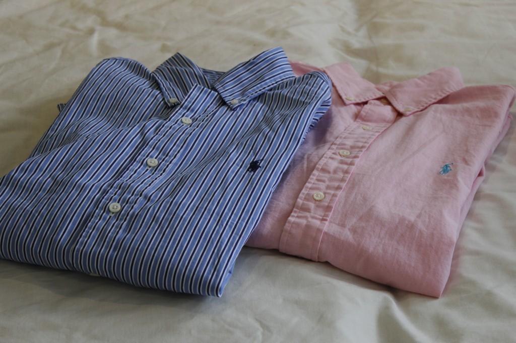To skjorter fra Ralph Lauren. Begge kostet snaut 300,-. Grisebillig! Gang prisen med fire i Norge.