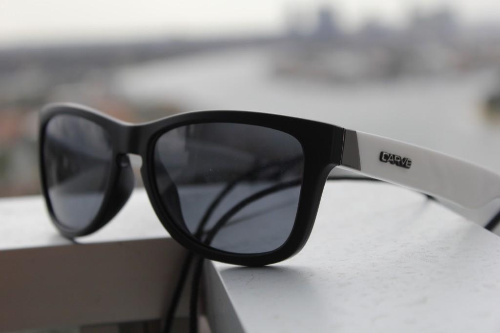 Polariserte briller fra Carve til 250,-. Merket er australsk og blir designet av surfeprofiler.