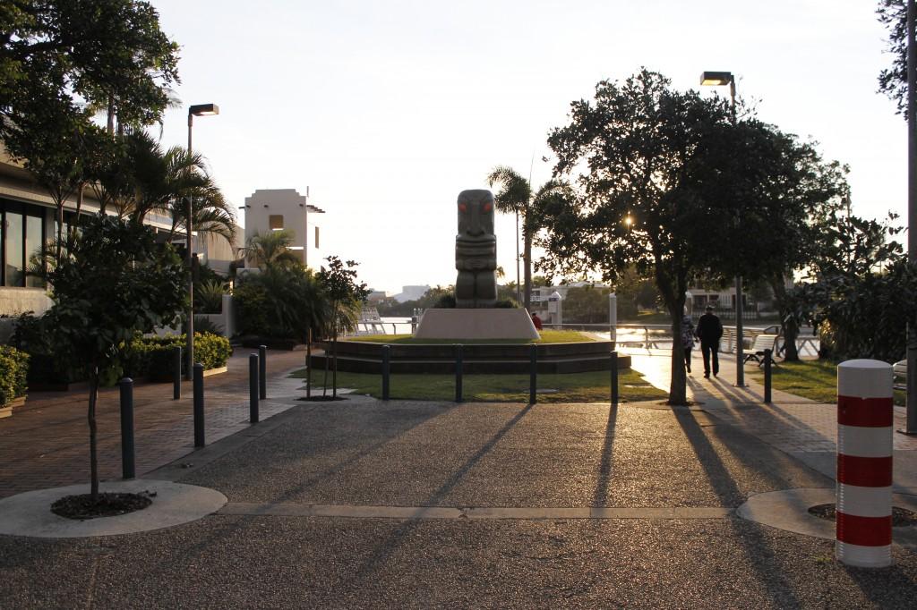 Fredfulle Appel Park. Ligger kun meter utenfor utgangsdøren.