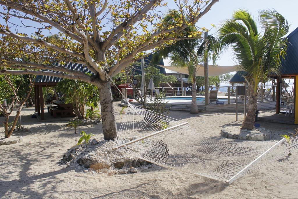 Midt på øya var det et badebasseng av alle ting.